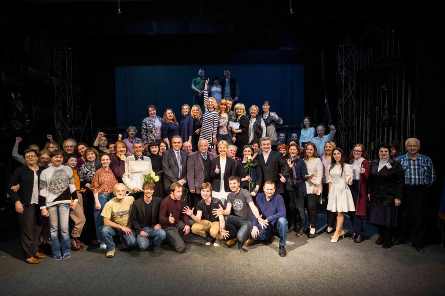Співробітники Харківського театру ляльок просять про розширення штатного розкладу (відео)