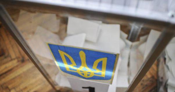 Выборы в Украине: ЦИК заявил о нехватке членов комиссий