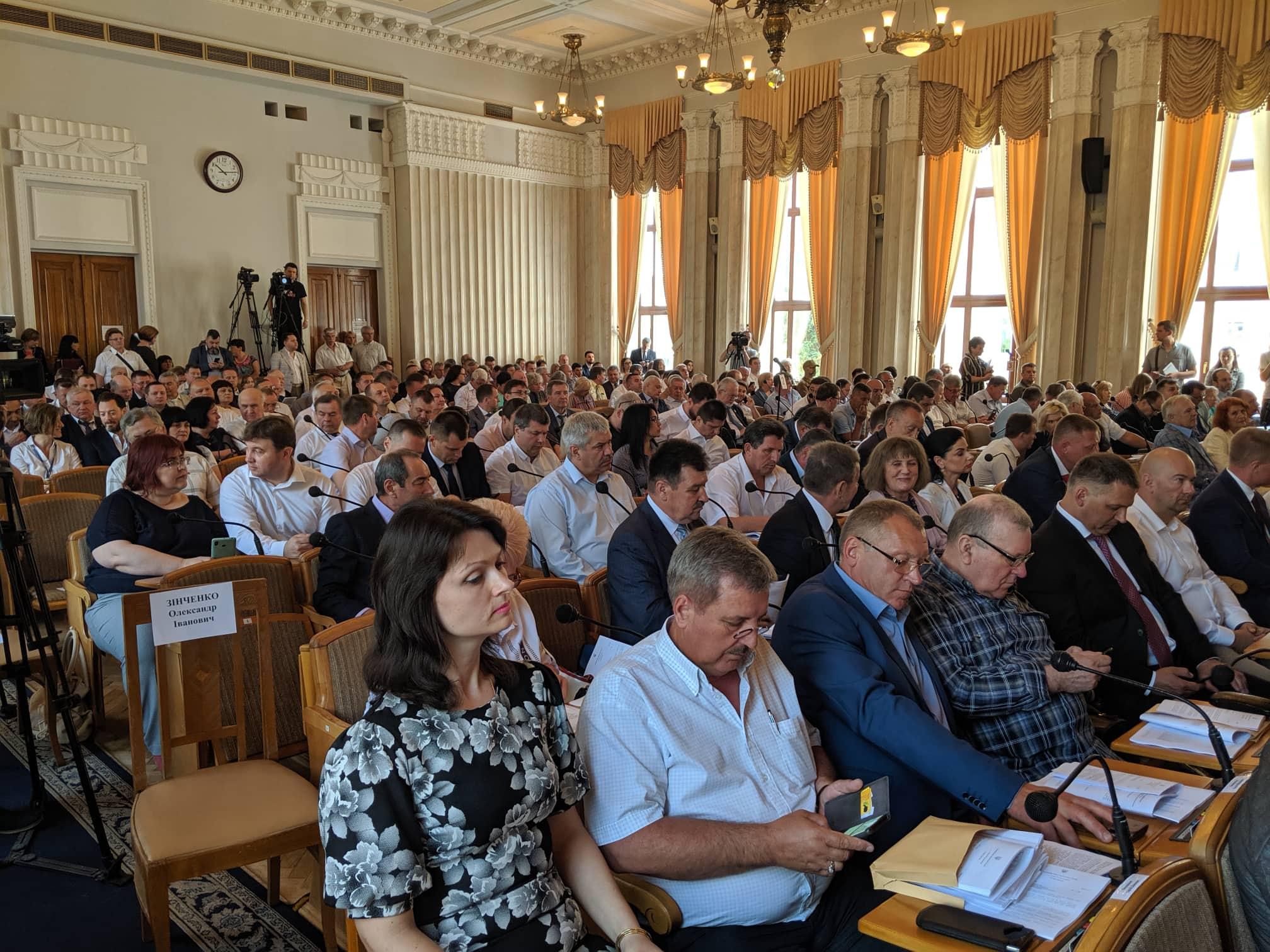В Сахновщинском районе учителям не платят зарплату