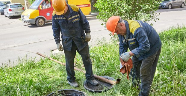 Харьковчан просят не забивать мусором канализацию