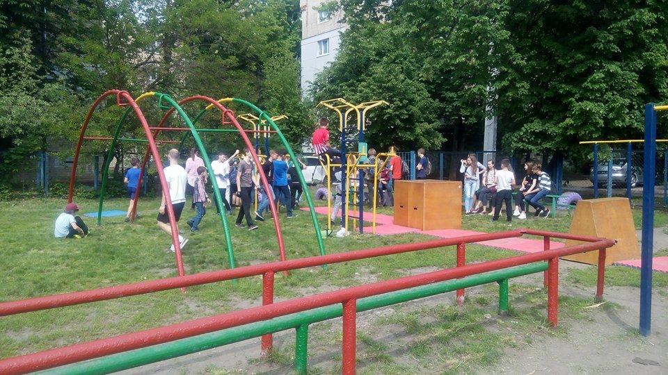 У Харкові стартував перший шкільний фестиваль вуличних культур (відео)