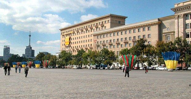 В воскресенье перекроют часть площади Свободы