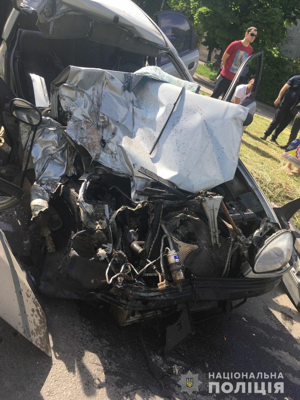 В Харькове столкнулось четыре автомобиля (фото)