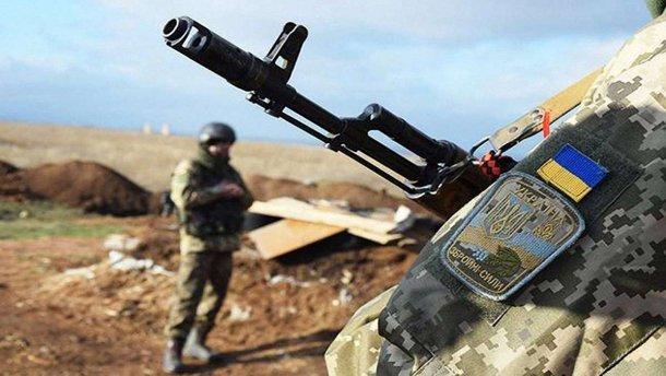 Сутки на Донбассе: ранен один украинский военный
