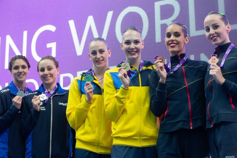 Харьковские синхронистки выиграли три золотые награды на Суперфинале Мировой серии