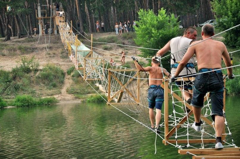 На Журавлівці демонтують канатний міст (відео)
