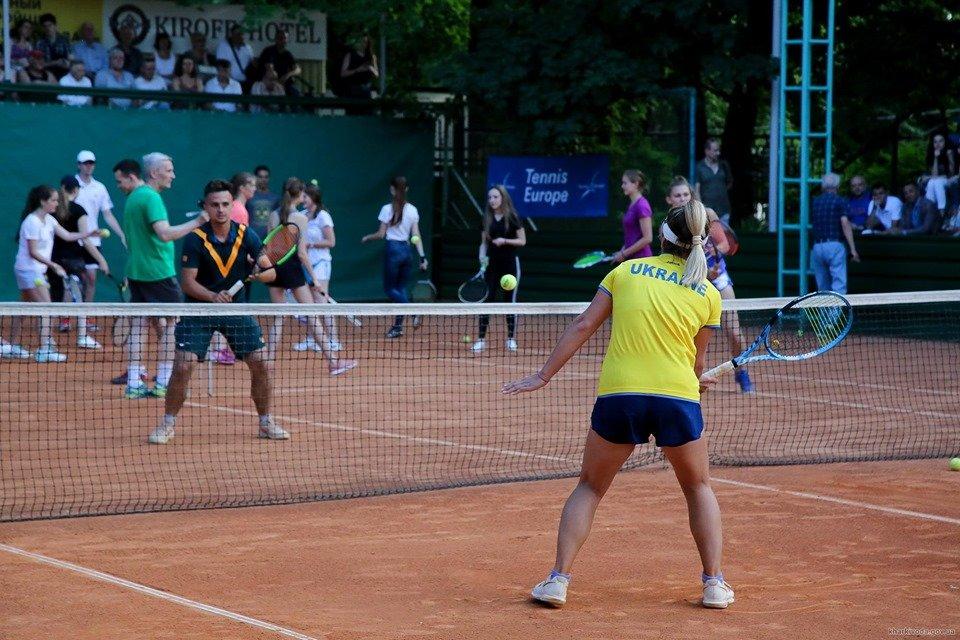 У Харкові стартував міжнародний турнір з тенісу (відео)