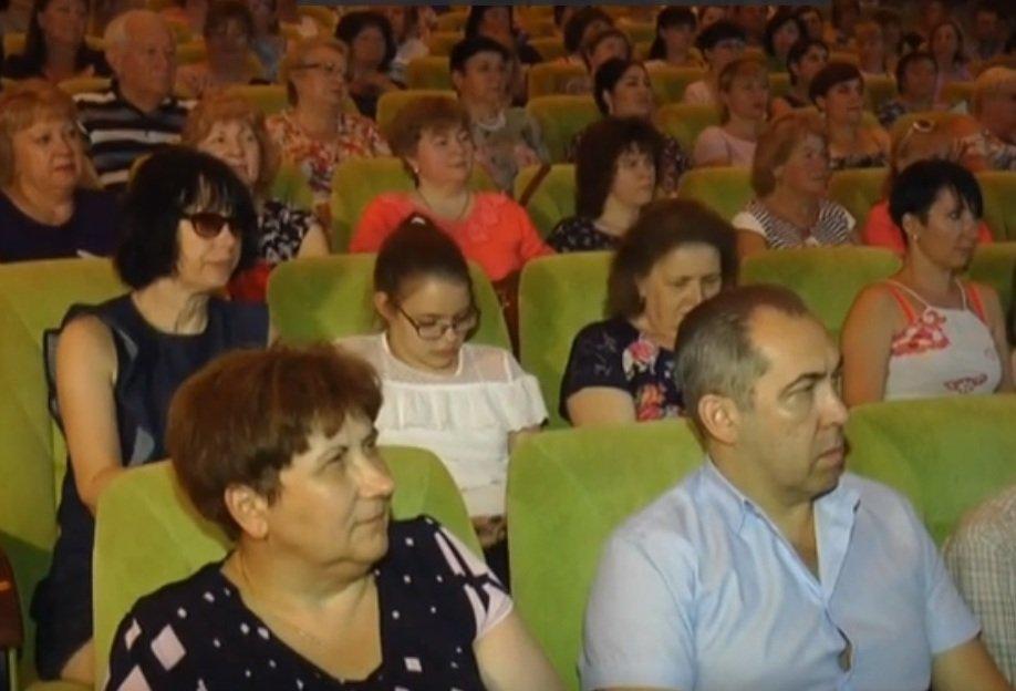 У Харкові нагородили почесних лікарів (відео)