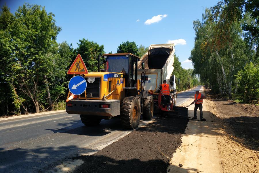 На трасі Мерефа-Лозова-Павлоград ремонтують чотири шляхопроводи (відео)