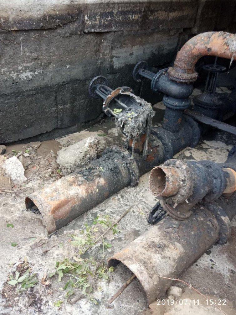 Воры оставили без воды школы и жилые дома райцентра Харьковщины