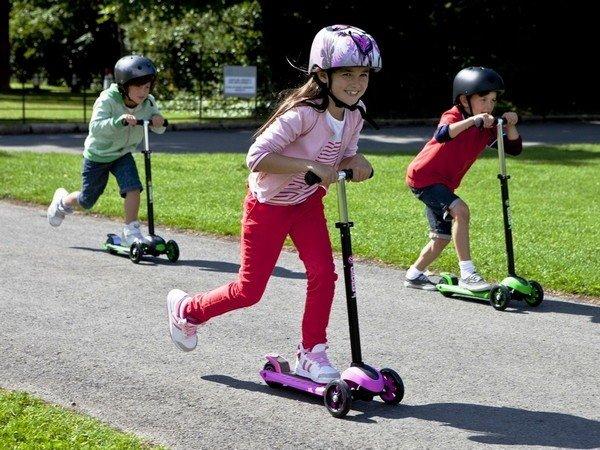 Что выбрать для ребенка: велосипед, самокат, беговел или ролики