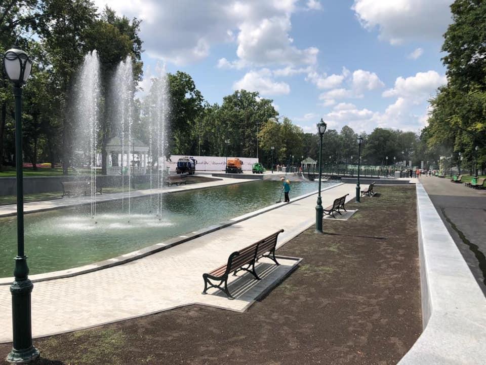 В Харькове открыли озеро в саду Шевченко и сквер «Стрелка» (фото)