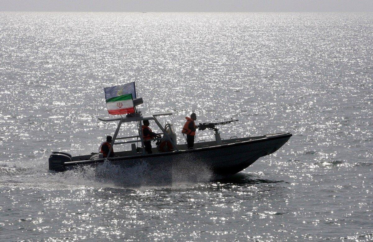 В Иране заявили о захвате нефтяного танкера