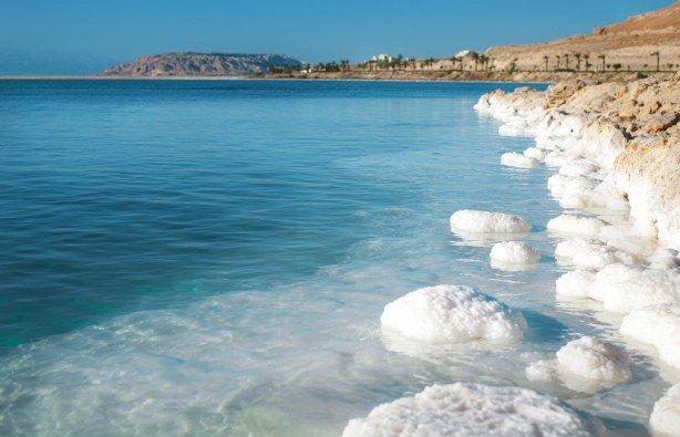Ученые объяснили загадочный феномен Мертвого моря