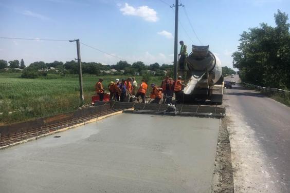 В Харьковской области продолжается ремонт мостов на трассе Мерефа – Лозовая – Павлоград