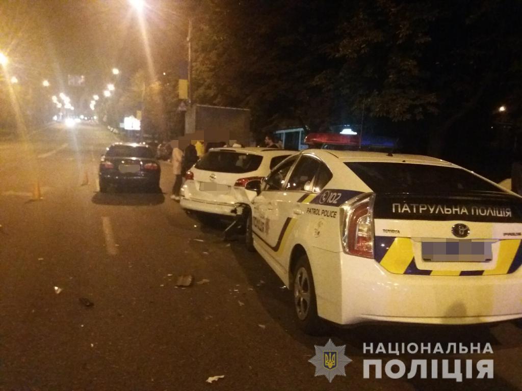 В центре Харькова произошло ДТП с патрульными (фото)