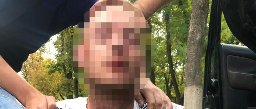 Задержан подозреваемый в изнасиловании 12-летней девочки в Харькове (фото)