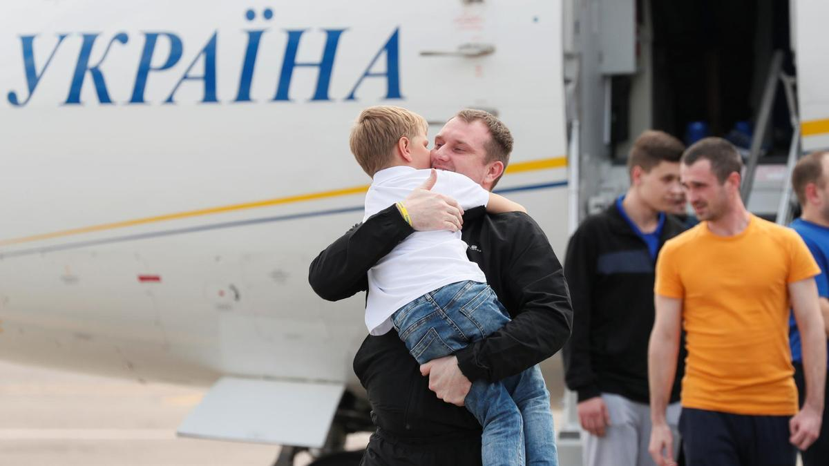 The first step to stop the war: the prisoner exchange between Russia and Ukraine