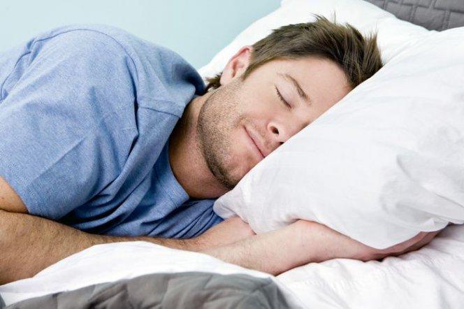 Дневной сон снижает риск инфаркта и инсульта в два раза – ученые