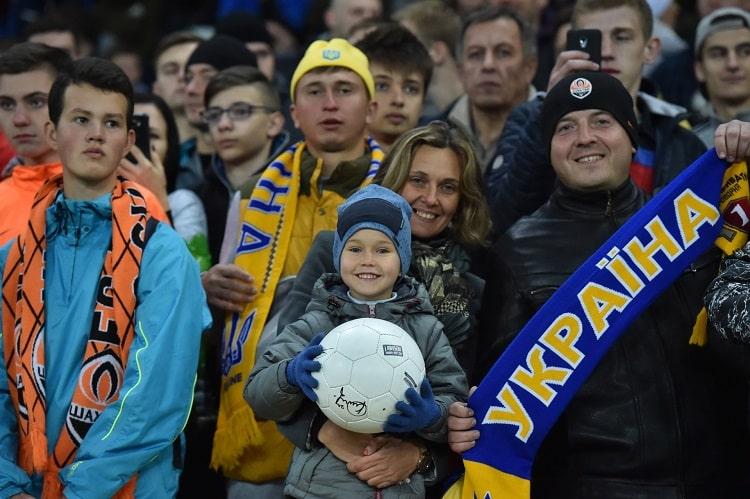 Национальная Сборная Украины по футболу провела открытую тренировку в Харькове (фото)