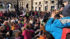 Полиция задержала принцессу Бельгии за участиев эко-протесте (фото)