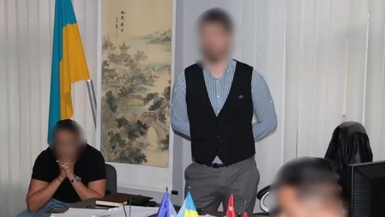 Погоріти на хабарі та вийти під заставу: історія працівника харківського вишу (відео)