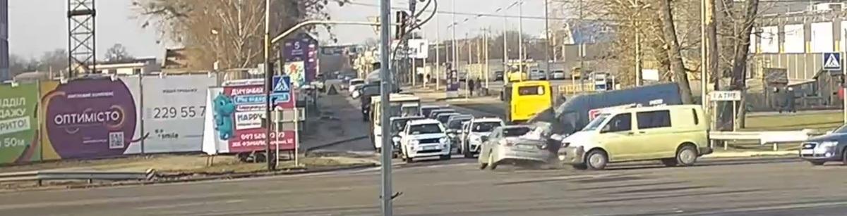 Уполномоченный Зеленского попал в ДТП (видео, фото)