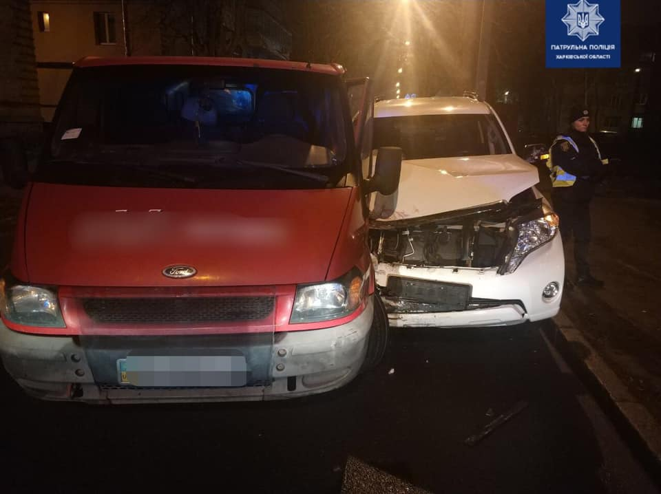 Госпитализированы водители авто, попавшие в ДТП на Библика (фото)