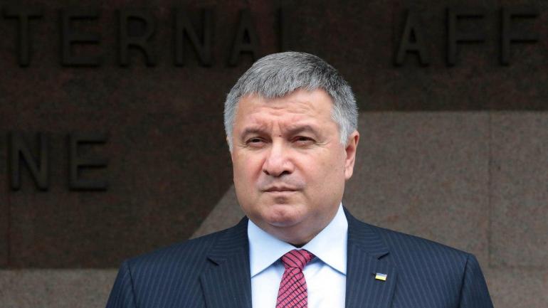 Аваков заявил, что МВД полностью обеспечивает безопасность в зоне разведения войск