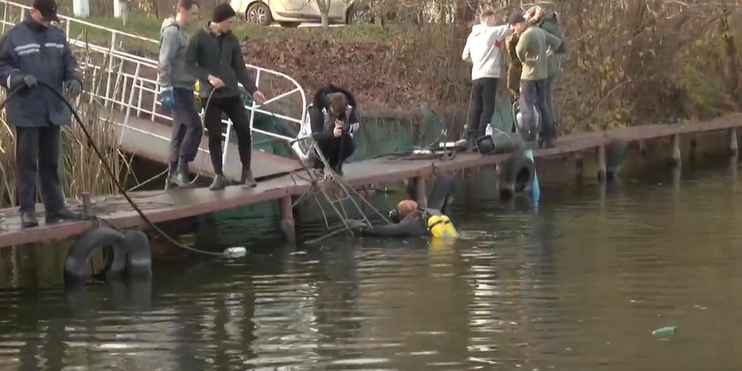 У Журавлівському гідропарку провели навчання водолази
