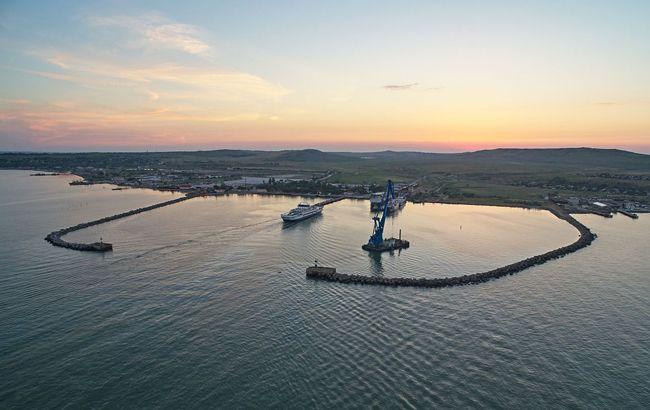 Украина потребует от России более миллиарда гривен компенсации за порты в Крыму