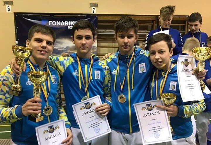 Харьковские фехтовальщики выиграли полный комплект наград