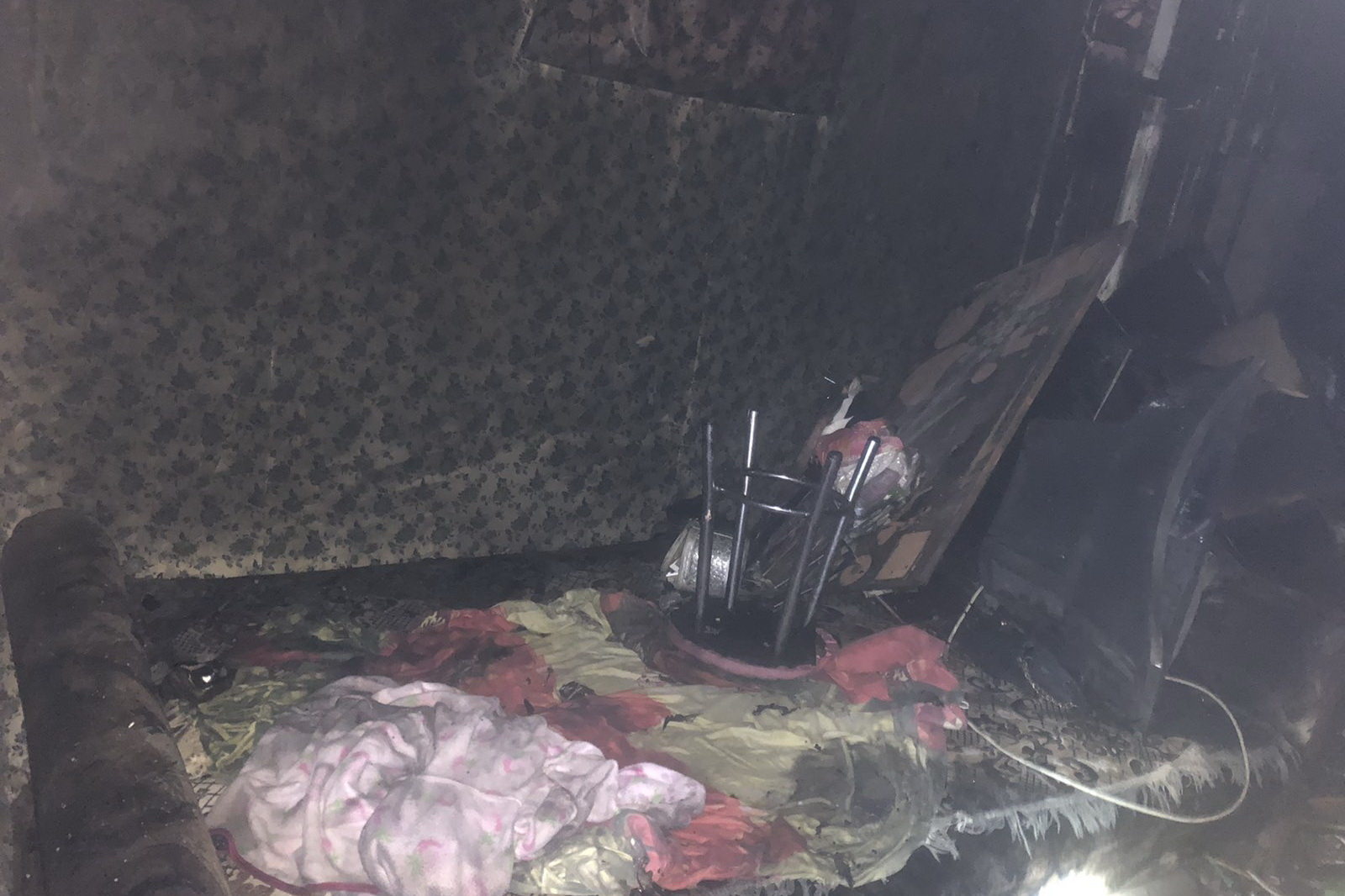 Короткое замыкание в электросети привело к пожару (фото)