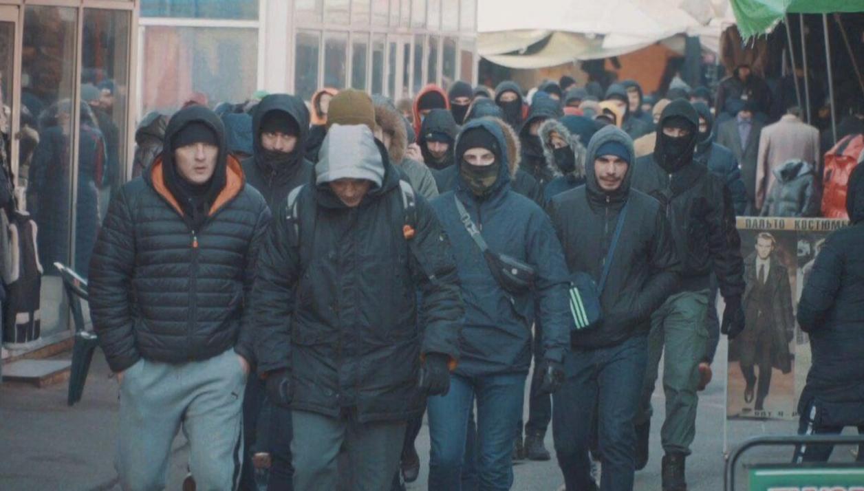"Прийшли в масках та з ""болгарками"": на ""Барабашово"" стався інцидент (відео)"