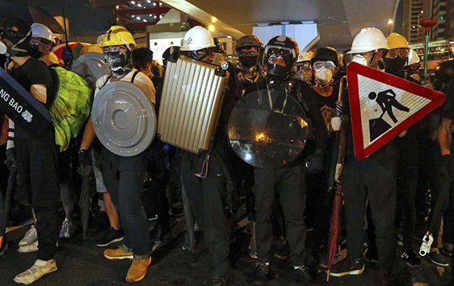 Митинг в Гонконге собрал 800 тыс. участников