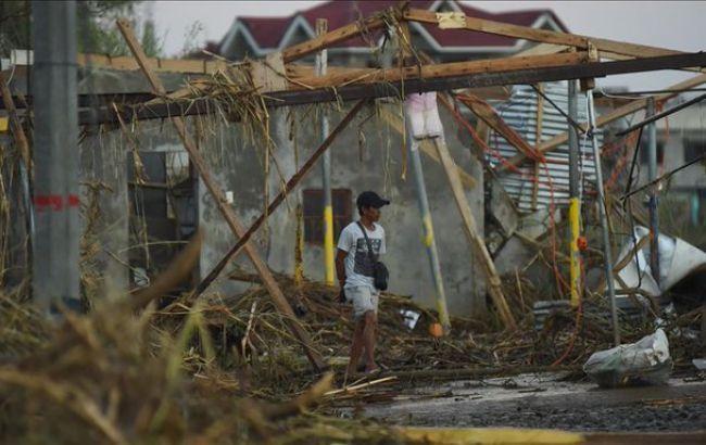 На Филиппинах бушует мощнейший тайфун: погибло 47 человек