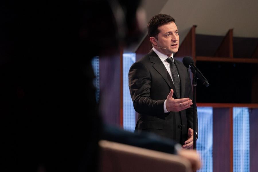 Мы готовим пакет законов для завершения децентрализации в Украине, – Зеленский
