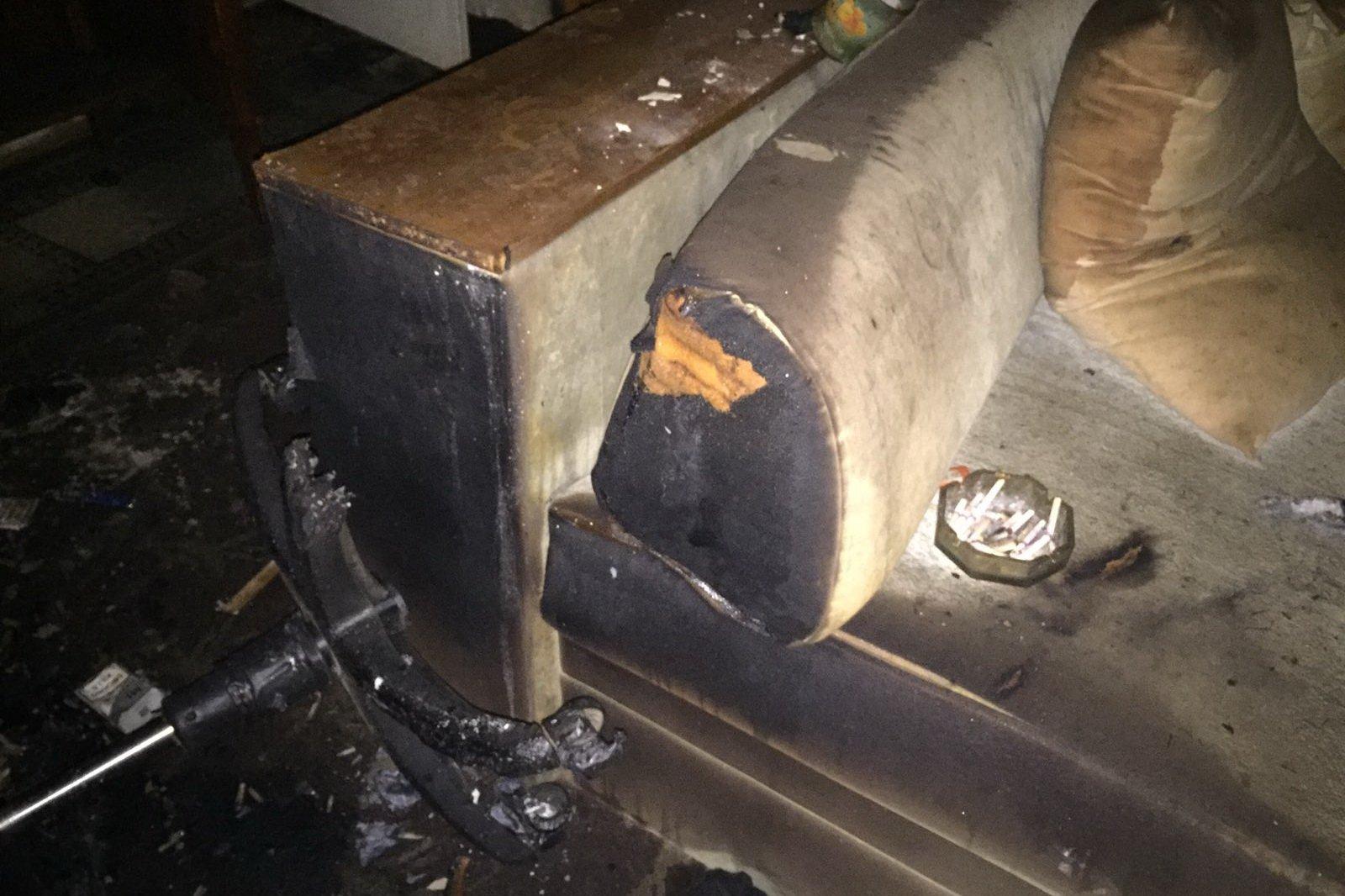 В многоэтажке Харькова произошел пожар (фото)