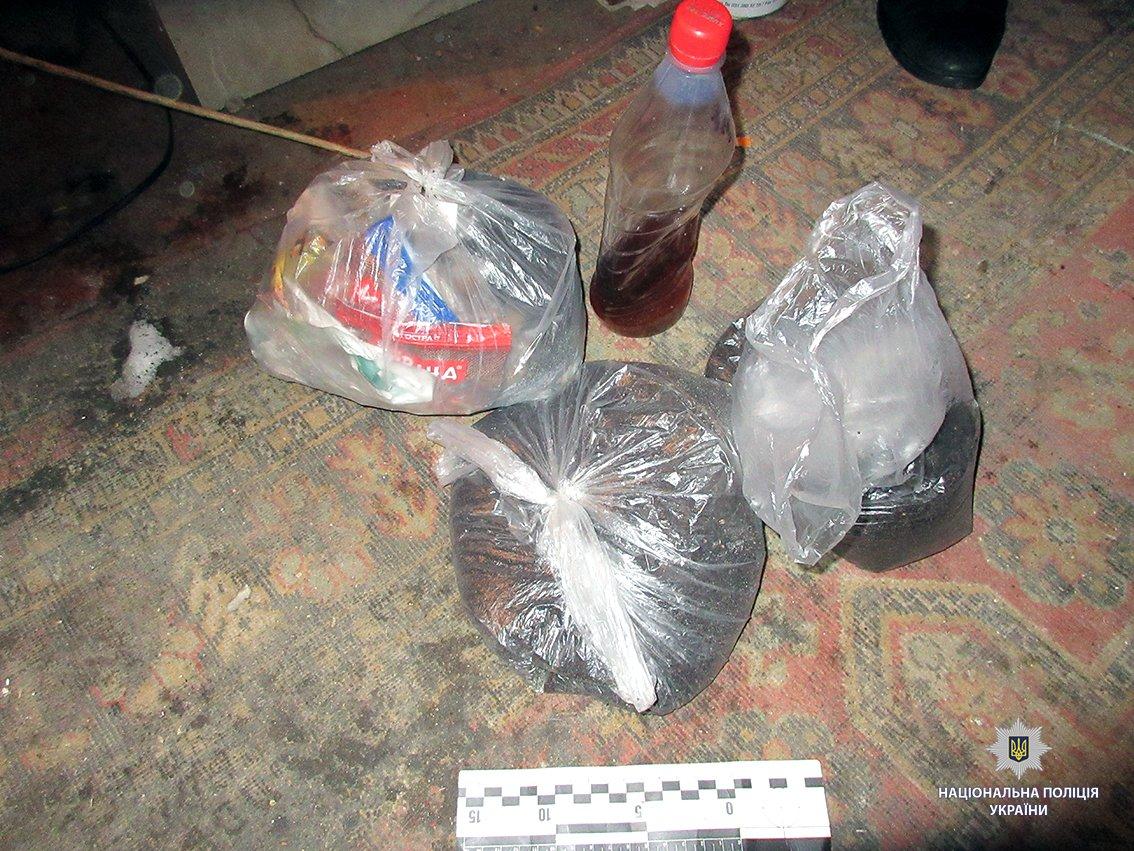 Полиция прикрыла наркопритон на Харьковщине (фото)