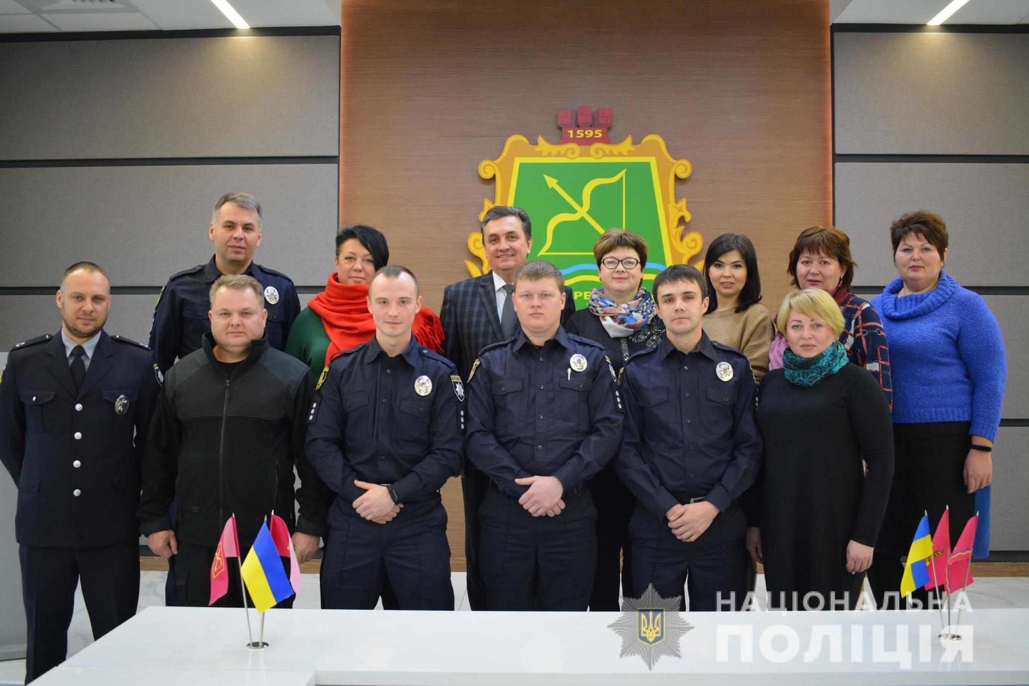 Офицеры громады приступили к службе в 13 ОТГ Харьковщины