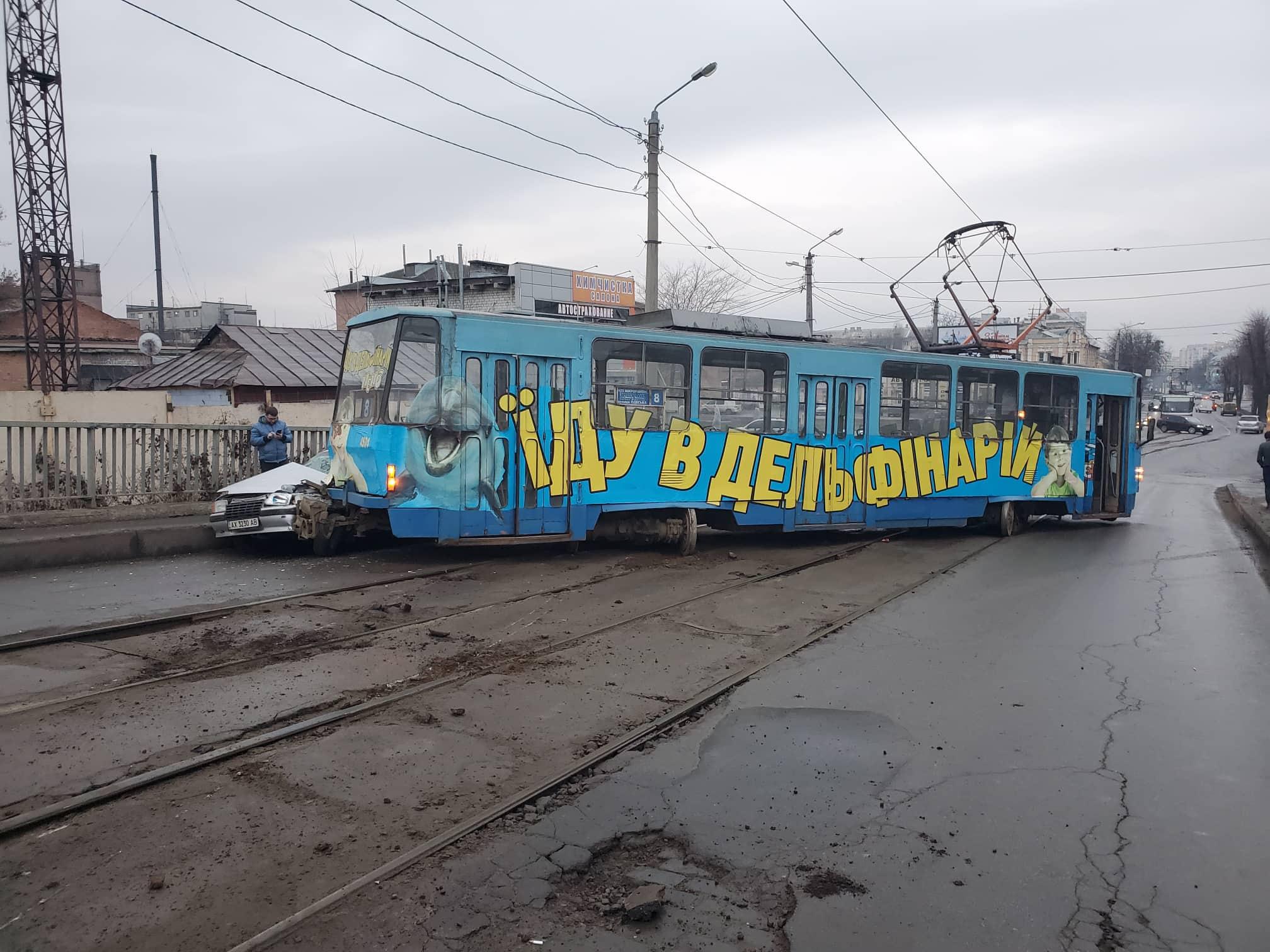 На Балашовском мосту ДТП с пострадавшими (фото)