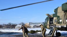 В Харьковский военный госпиталь из зоны боевых действий доставлены раненые военнослужащие (фото)