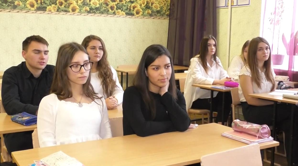Харківські педагоги розповіли про особливості реєстрації на ЗНО-2020 (відео)