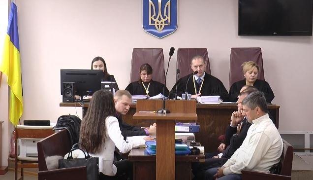 Суд в дванадцяте переніс розгляд справи Добкіна (відео)