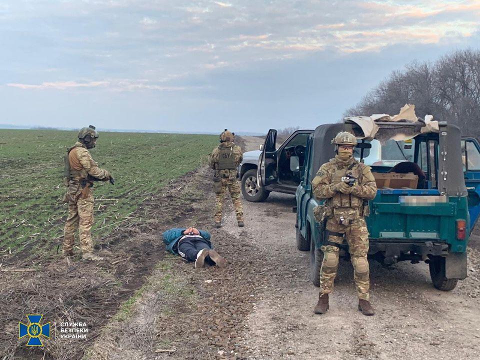 На Харьковщине СБУ заблокировала крупную контрабанду военной техники в Россию (фото, видео)