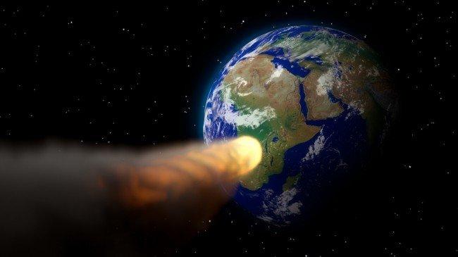 """Людству загрожує небезпека від космічного """"гостя"""""""