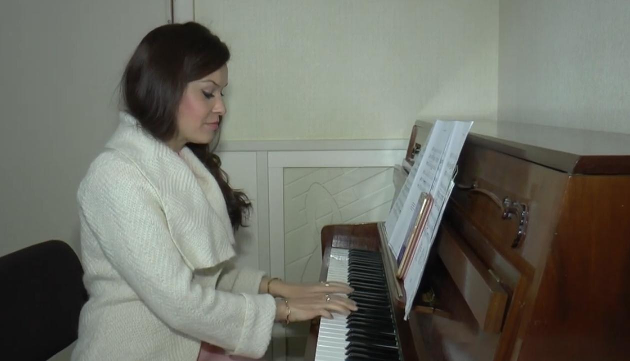 Учні харківських музичних шкіл займаються вдома по інтернету (відео)