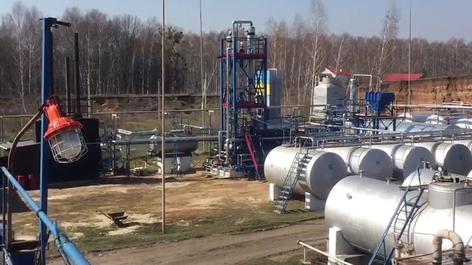 На Харьковщине обнаружен нелегальный нефтеперерабатывающий завод (фото)