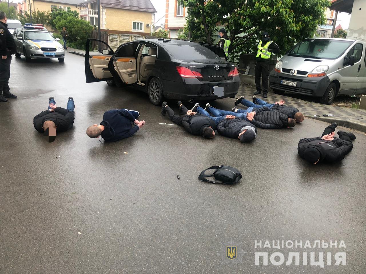 Под Киевом предприниматели-автоперевозчики решали конфликт стрельбой (фото)