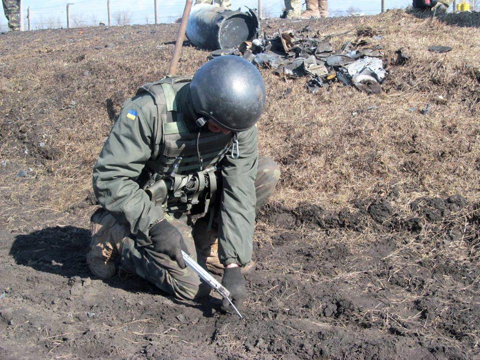 На арсенале в Балаклее до сих ищут неразорвавшиеся боеприпасы
